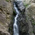 Peppe Trovato sulla cascata cicutà del torrente Ferraina