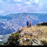 Sulla cima di punta d'Atò vista sul vallone Colella